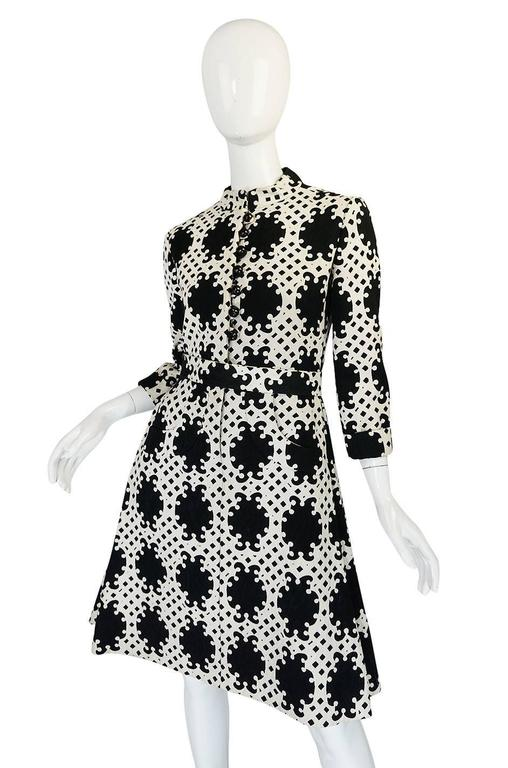 1960s Donald Brooks Graphic Black & White Quilted Dress 5