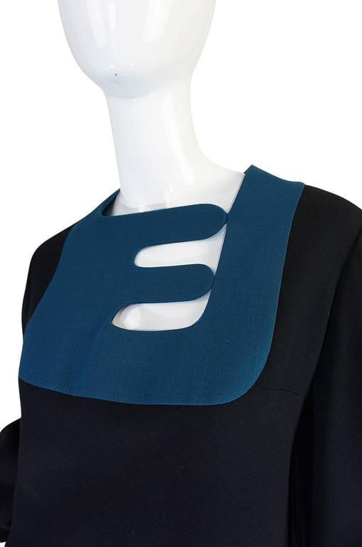 c1967 Pierre Cardin Demi-Couture Cut Out Neckline Dress 7