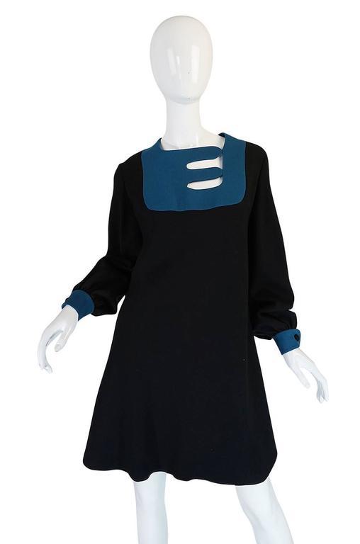 c1967 Pierre Cardin Demi-Couture Cut Out Neckline Dress 5