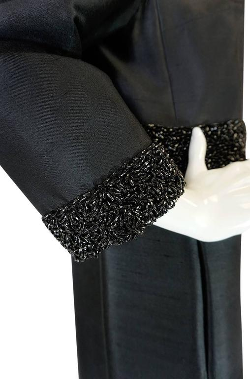 Beautiful 1950s Densely Beaded Black Silk Evening Coat For Sale 3