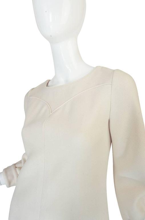 c1966 Courreges Haute Couture Mod Cream Dress For Sale 2
