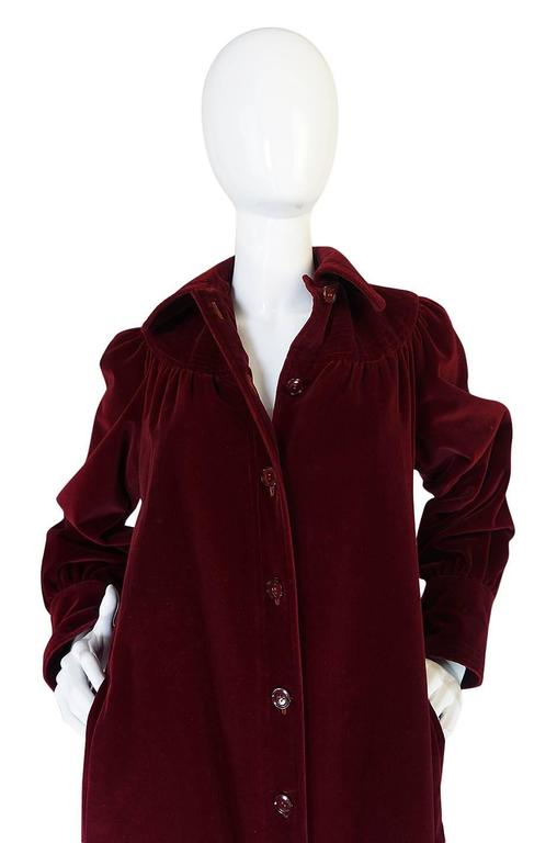 c.1981 Yves Saint Laurent Demi-Couture Garnet Velvet Smock Coat For Sale 1