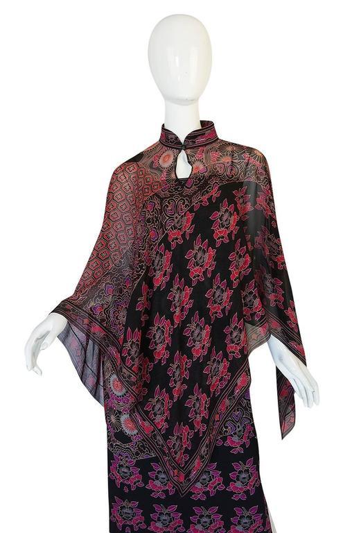 1970s Leonard Silk Jersey Dress & Silk Chiffon Cape Set 7