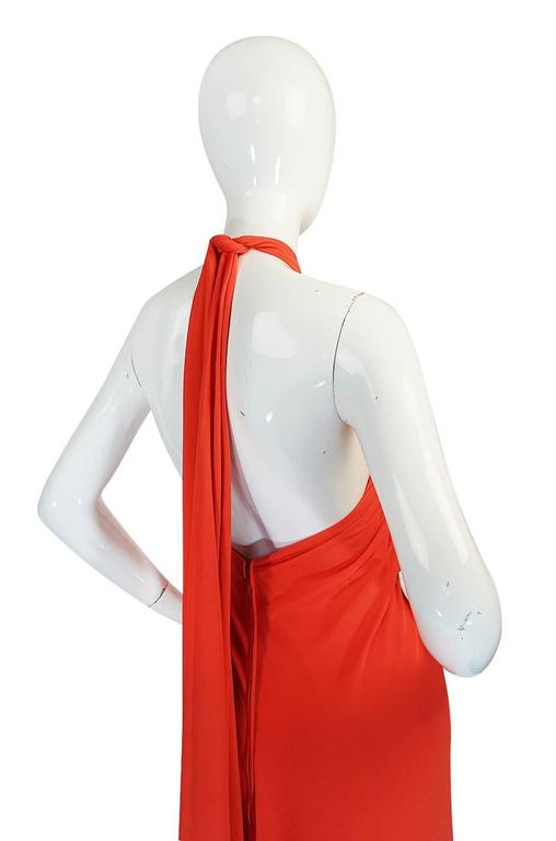 1970s Frank Usher Coral Jersey Backless Halter Dress In Excellent Condition For Sale In Toronto, CA
