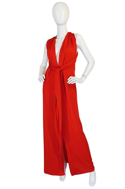 Convertible Plunge and Tie Red Jersey Maxi Dress, 1970s  In Excellent Condition For Sale In Toronto, ON