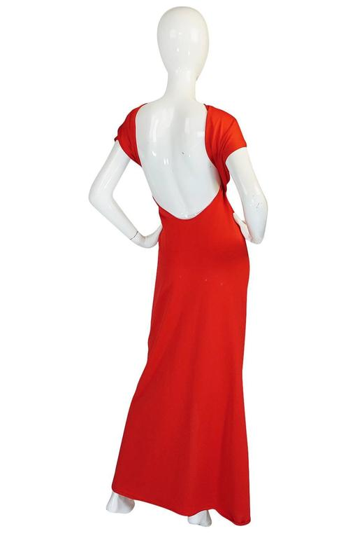 Convertible Plunge and Tie Red Jersey Maxi Dress, 1970s  For Sale 3