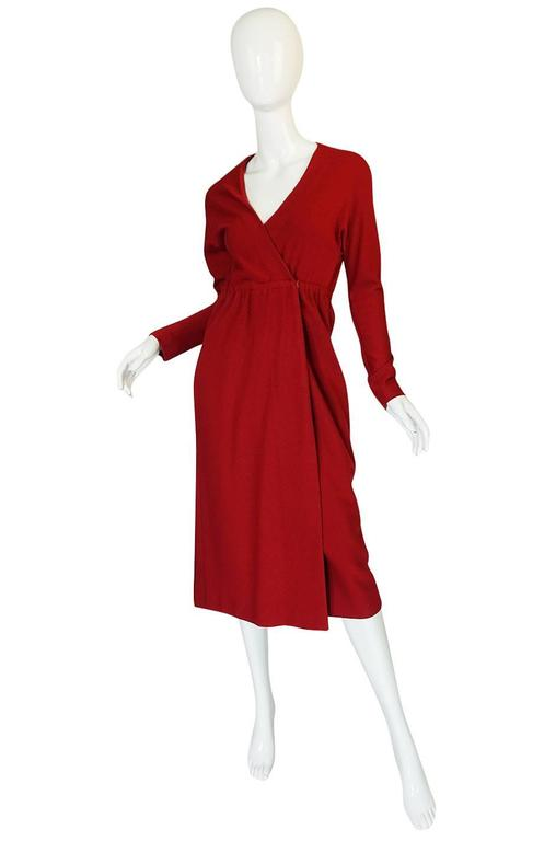 1970s Halston Deep Red Wool Jersey Wrap Dress In Excellent Condition For Sale In Toronto, ON