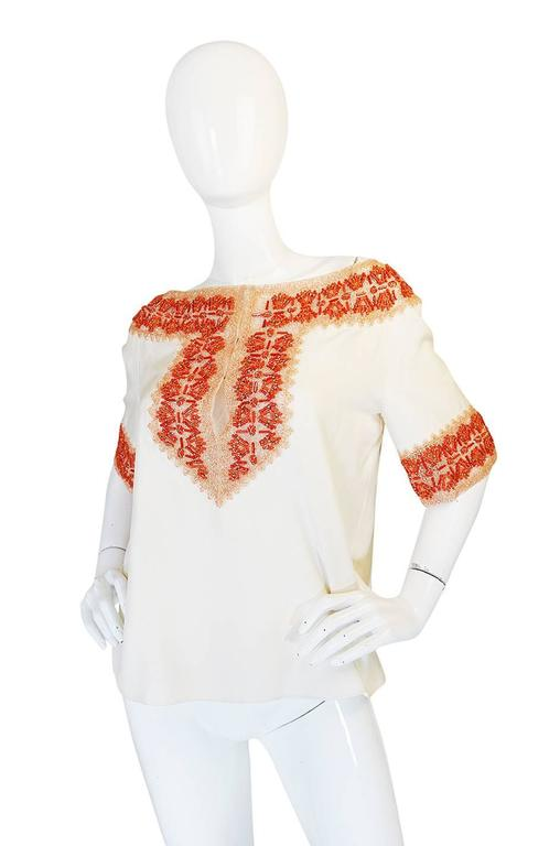 1990s Valentino Coral Beading on Net Cream Silk Top In Excellent Condition For Sale In Toronto, ON