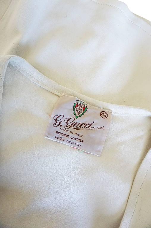 Rare 1970s Gucci Cream Buckskin Suede V Neck Crop Top 6
