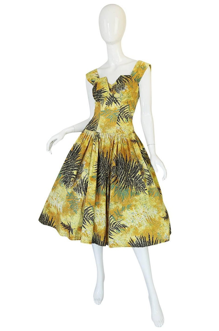 1950s Kamehameha Yellow Cotton Print Hawaiian Sun Dress