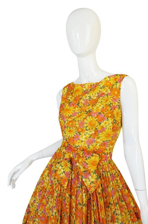 Women's 1950s Suzy Perette Citrus Floral Cotton Voile Pleated Skirt Dress For Sale