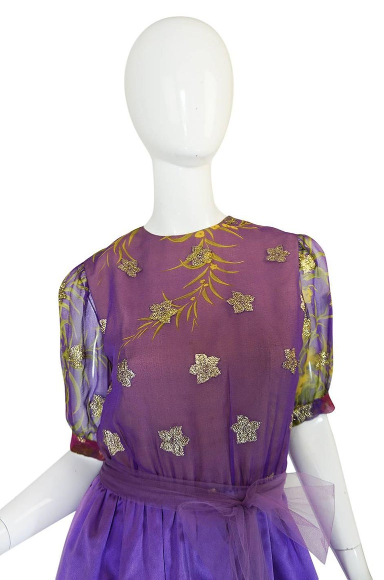1960s Oscar de la Renta Silk Floral Dress w Metallic Accents In Excellent Condition For Sale In Toronto, CA