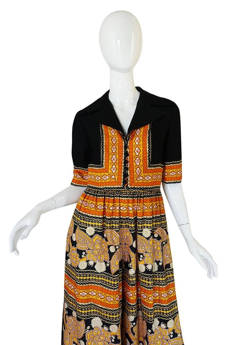 1960s Oscar de la Renta Printed Jumpsuit w Slit Legs In Excellent Condition For Sale In Rockwood, ON