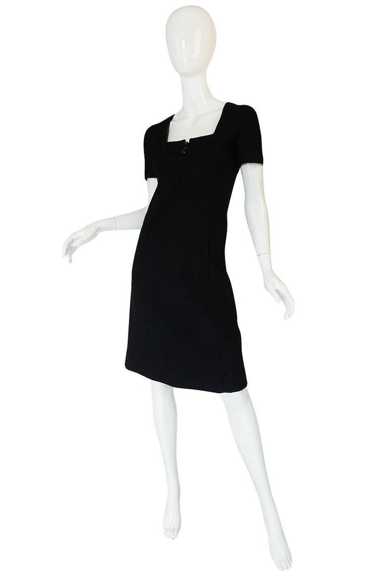 Chic 1960s Courreges Paris Black Shift Dress In Excellent Condition For Sale In Toronto, ON
