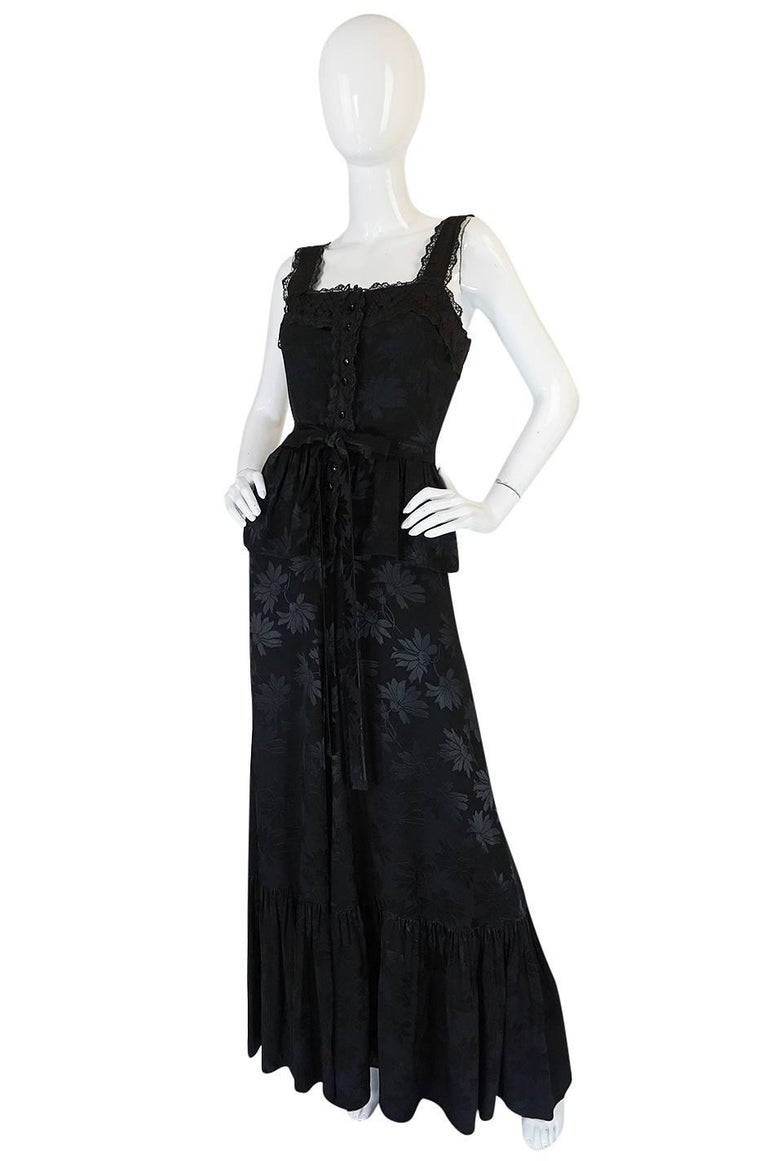 c1971 Rare Mary Quant Black on Black Floral Silk Halter Smock Dress In Excellent Condition For Sale In Rockwood, ON