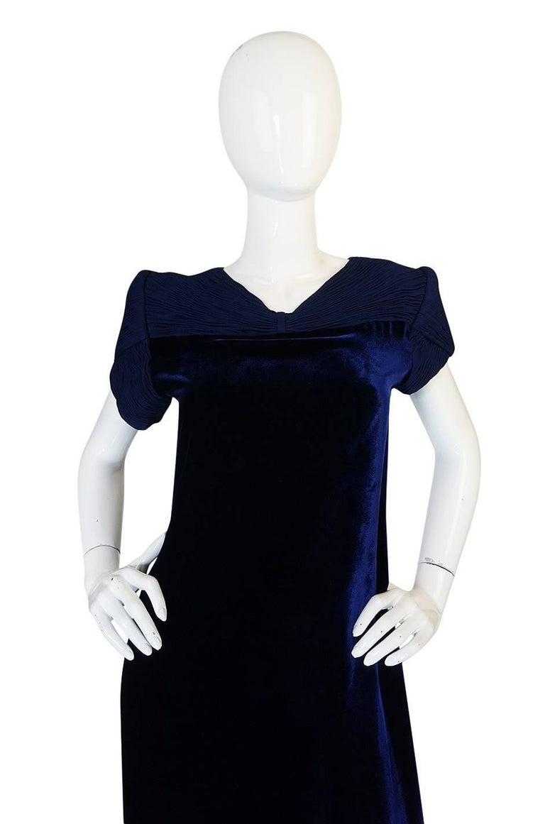 1980s Valentino Haute Couture Blue Silk Velvet Shift Dress 4