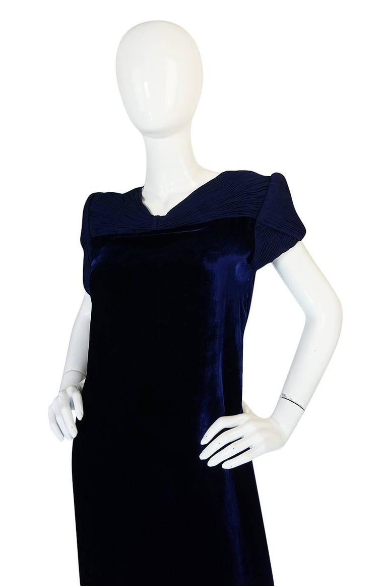 1980s Valentino Haute Couture Blue Silk Velvet Shift Dress 5
