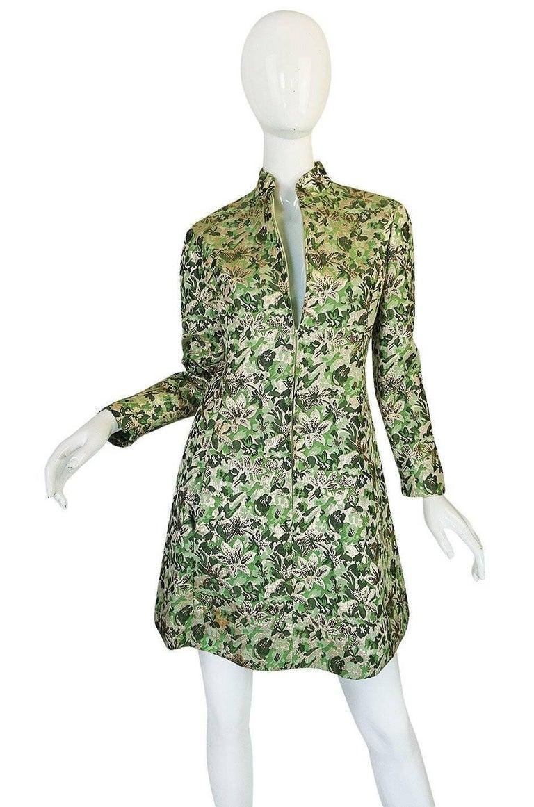 1960s Ceil Chapman Green Metallic Silk Brocade Mini Dress In Excellent Condition For Sale In Rockwood, ON