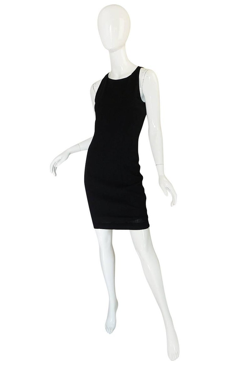 F/W 2006 Chanel Runway Little Black Fitted Stretch Dress In Excellent Condition For Sale In Toronto, CA