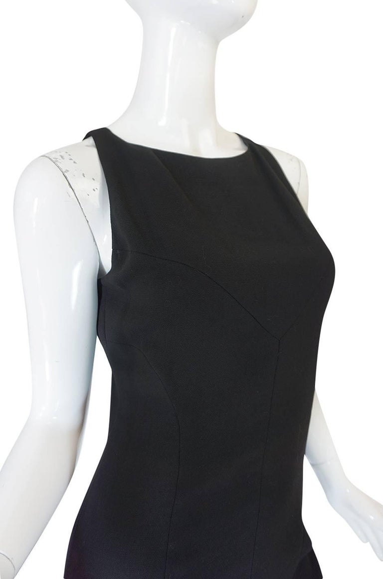 F/W 2006 Chanel Runway Little Black Fitted Stretch Dress For Sale 4