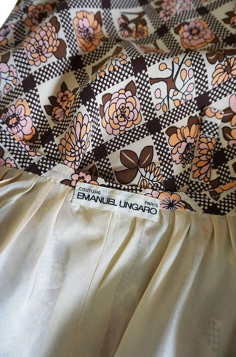 Early 1970s Emanuel Ungaro Haute Couture Printed Silk Day Dress For Sale 5