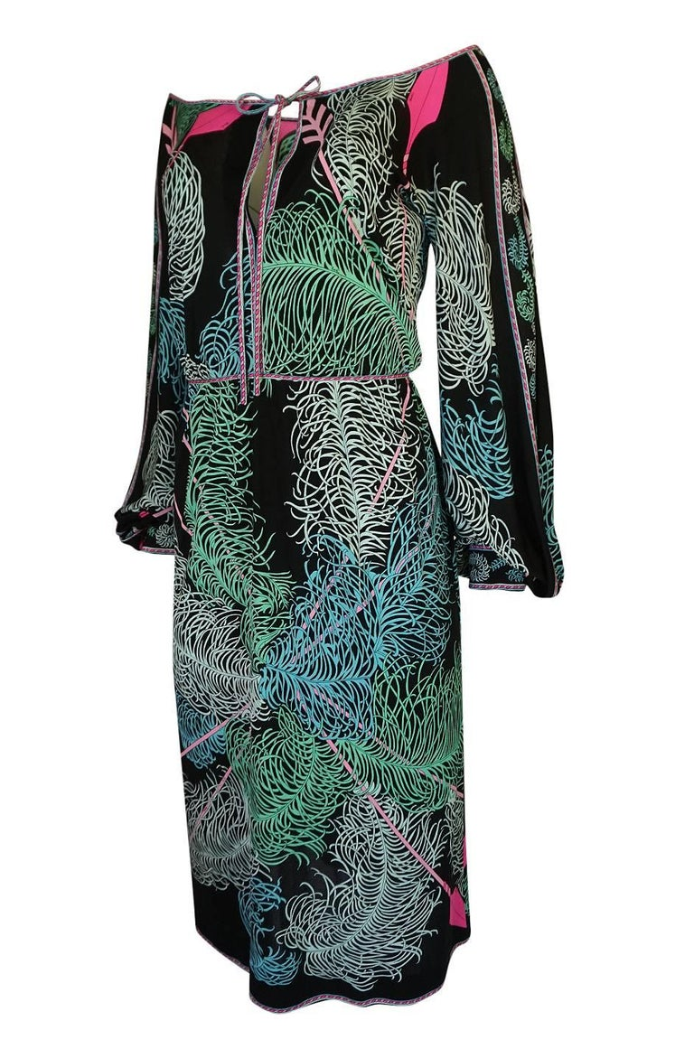 Emilio Pucci Feather Print Off Shoulder Silk Jersey Dress, 1960s  In Excellent Condition For Sale In Toronto, ON