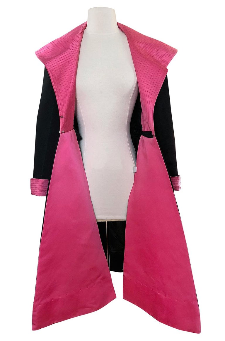 1960s Geoffrey Beene Fitted Pink Collar & Cuffs Black Coat Dress For Sale 2