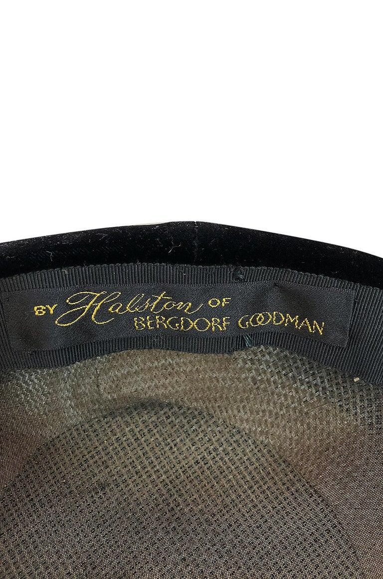 Rare c.1965 Haslton for Bergdorf Goodman's Velvet Novelty Hat For Sale 2