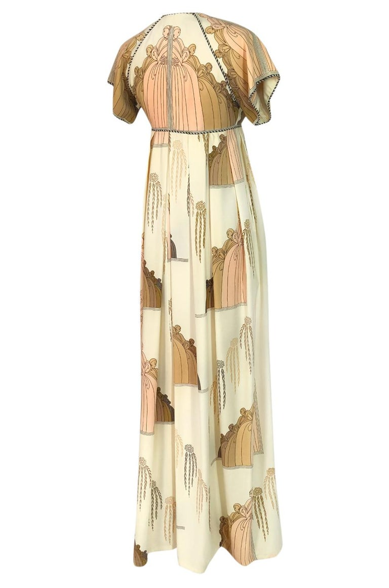 Jean Bates designed under the name Jean Varon in 1959 and quickly became a favorite of the British fashion sect. In 1965 one of his dresses was chosen as the 'Dress of the Year' and donated to the Fashion Museum in Bath, the same museum who held a