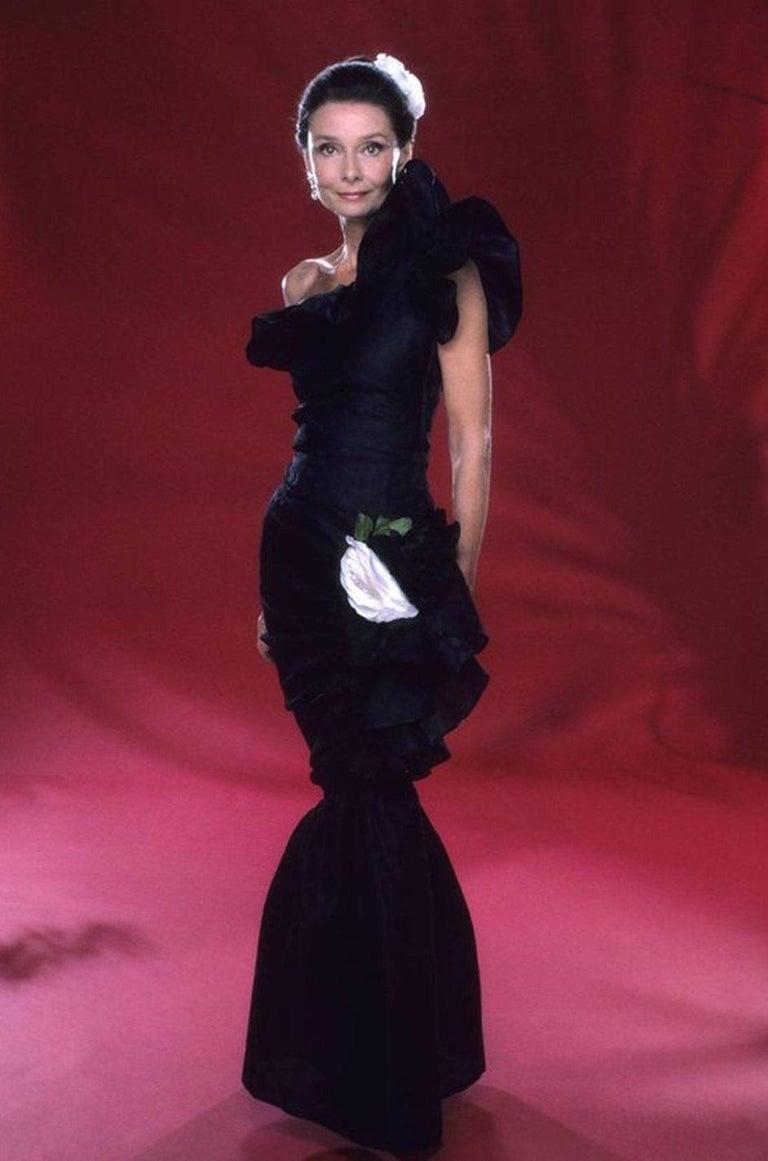 Spring 1982 Unlabeled Givenchy One Shoulder Purple Silk Dress For Sale 10