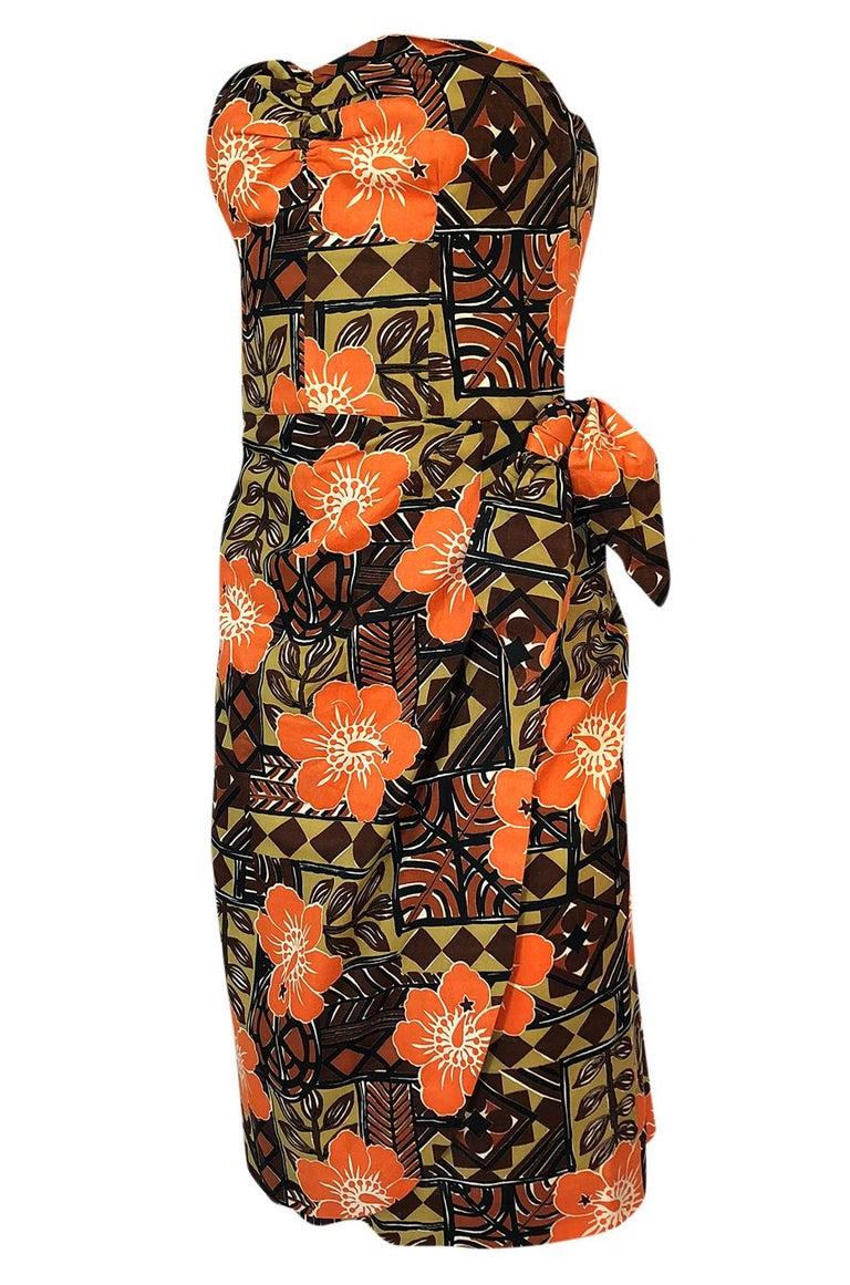 Women's 1950s Unlabeled Cotton Hawaiian Orange & Tan Floral Print Dress For Sale