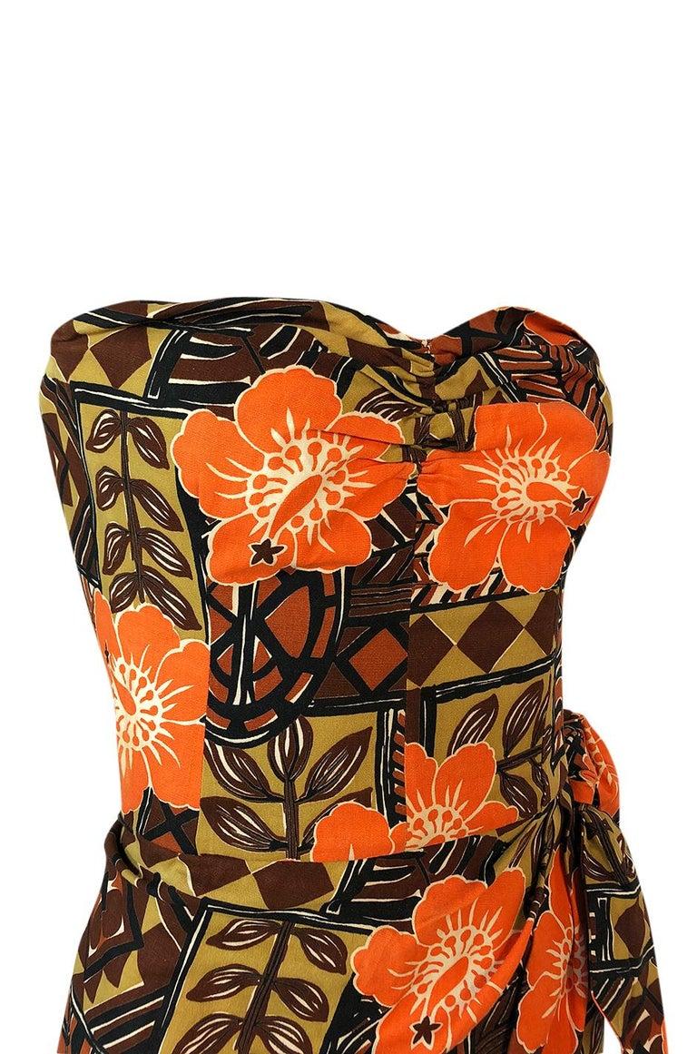 1950s Unlabeled Cotton Hawaiian Orange & Tan Floral Print Dress For Sale 4