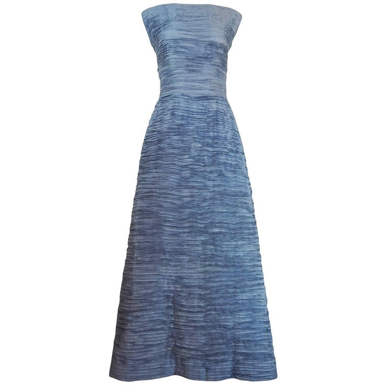c.1965 Sybil Connolly Couture Bow Detailed Blue Pleated Irish Linen Dress For Sale