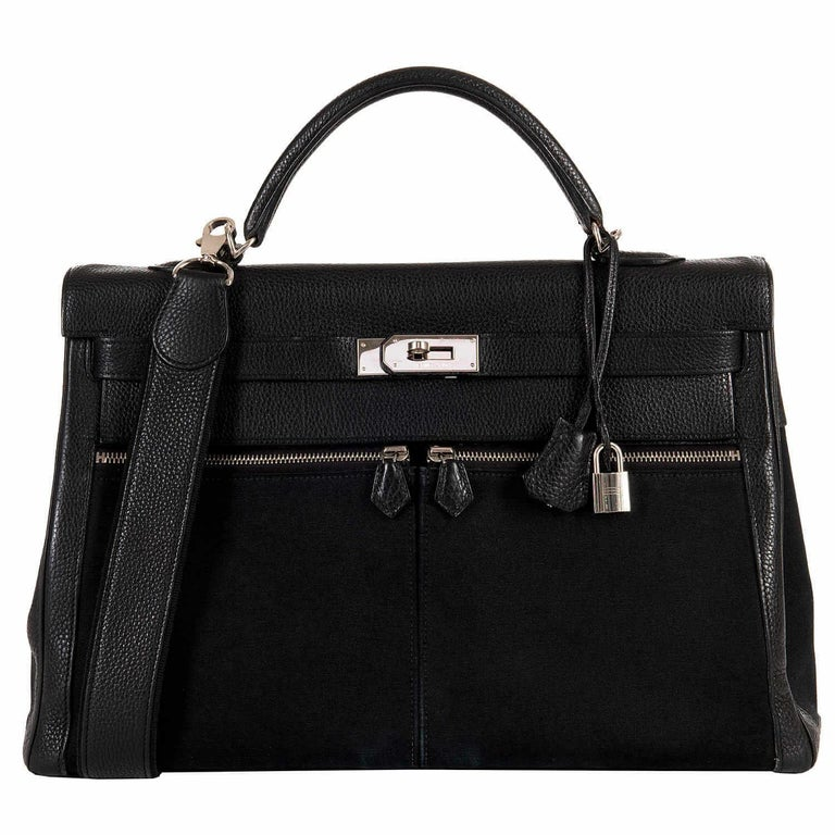 The Hermes Kelly 'Lakis' Bag is a unique take on the classic, famous and always fashionable Kelly style. Originally created exclusively for Jackie Onassis, the Lakis bag is very rare and highly collectable. The 'Lakis' has updated the demure Kelly