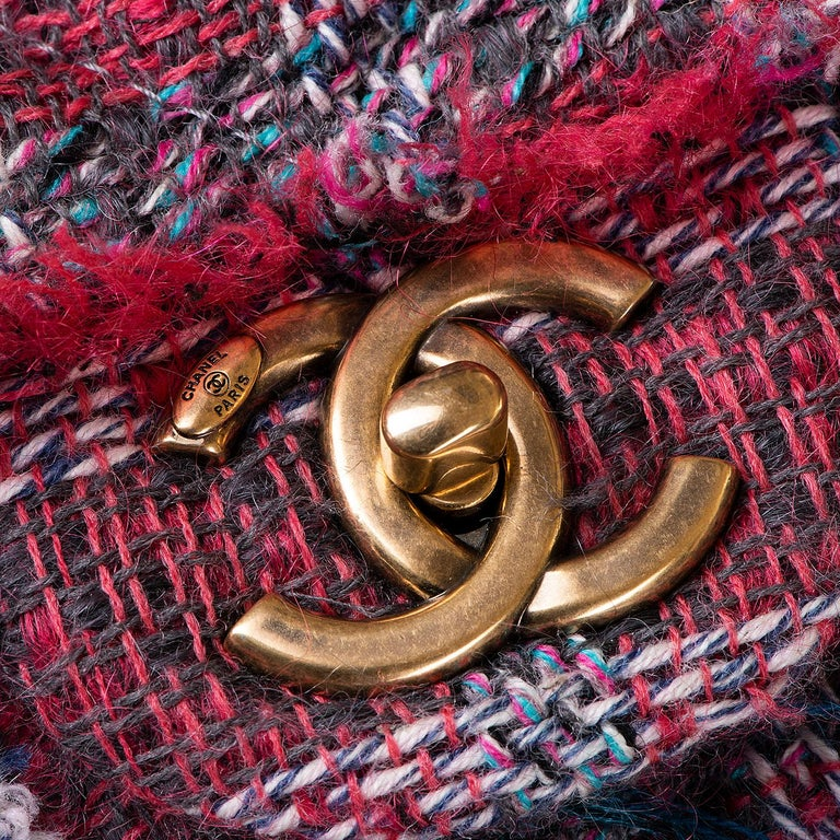 Black Gorgeous Chanel 'Jumbo' Sac Timeless in Multi-coloured Wool Tweed For Sale