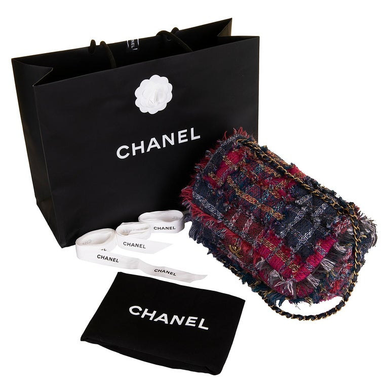 Gorgeous Chanel 'Jumbo' Sac Timeless in Multi-coloured Wool Tweed For Sale 1