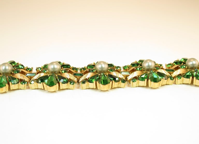 Women's Crown Trifari Alfred Philippe Gilded Rhodium Bracelet Emerald Crystals 1950s  For Sale