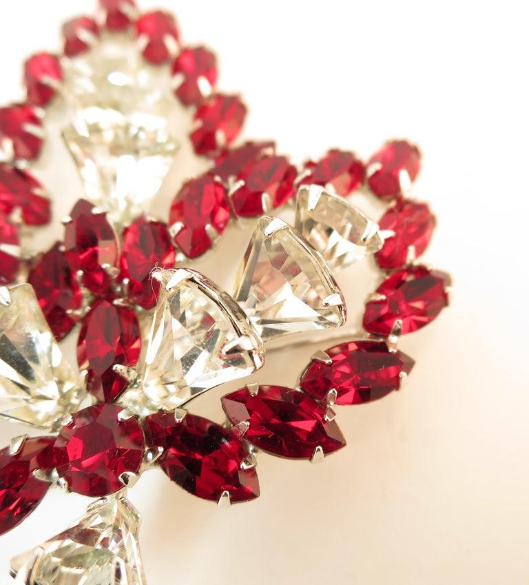 Vendome Ruby Crystal Leaf Brooch 1950s For Sale 4