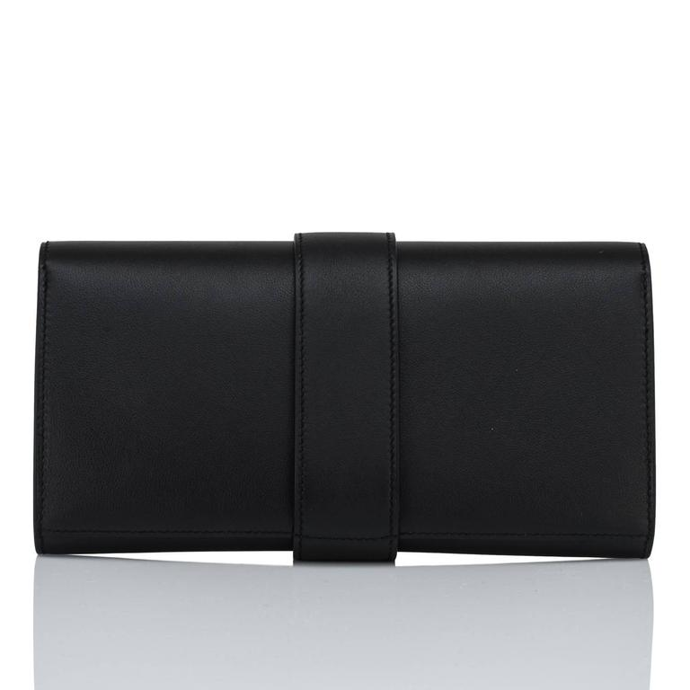 Hermes Black Medor Clutch Swift Leather Gold Hardware Elegant For Sale 1