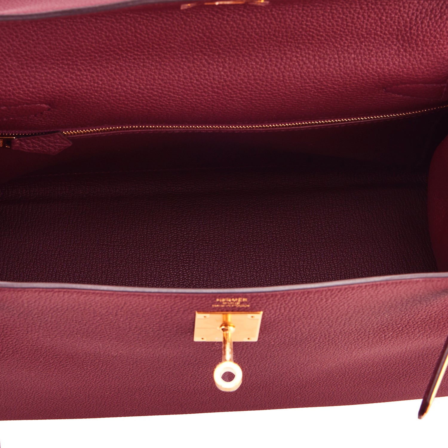 721f376b3 Hermes Bordeaux 28cm Kelly Togo Gold Hardware Red Exquisite at 1stdibs