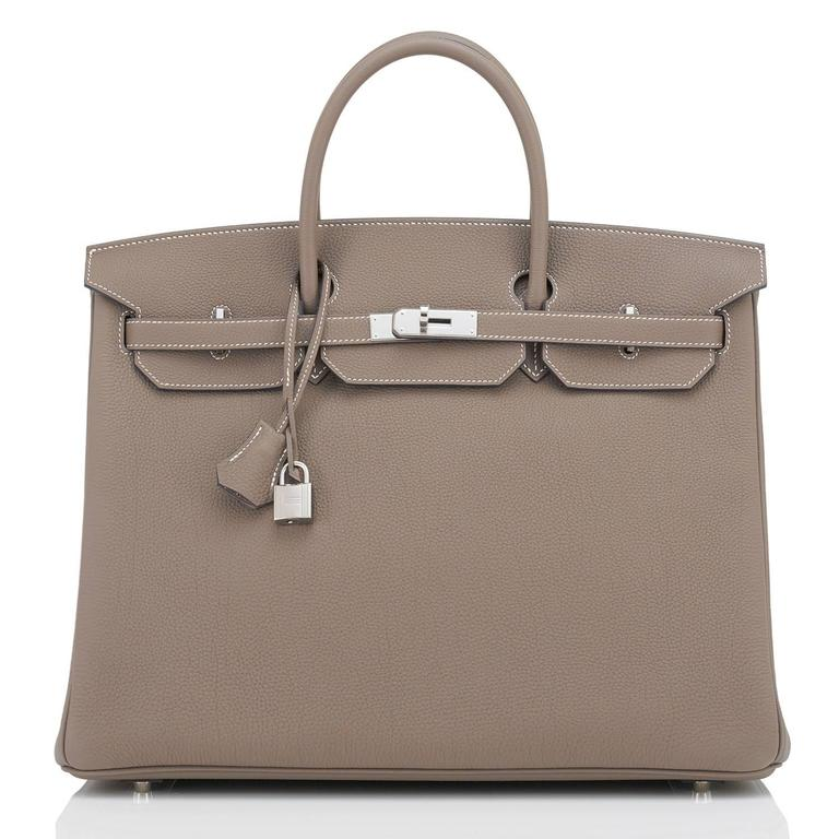 Hermes Etoupe 40cm Birkin Bag Togo Palladium Hardware Sporty Chic In New never worn Condition For Sale In New York, NY