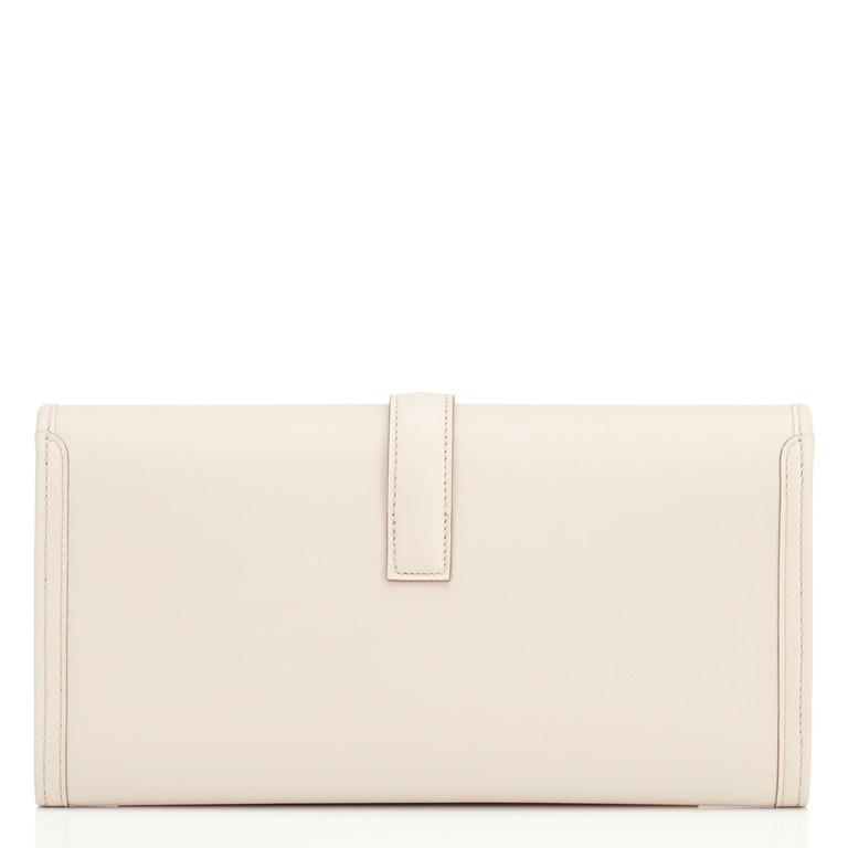 Hermes Beton Jige Elan 29cm Swift Off White Clutch Bag  In New Condition For Sale In New York, NY