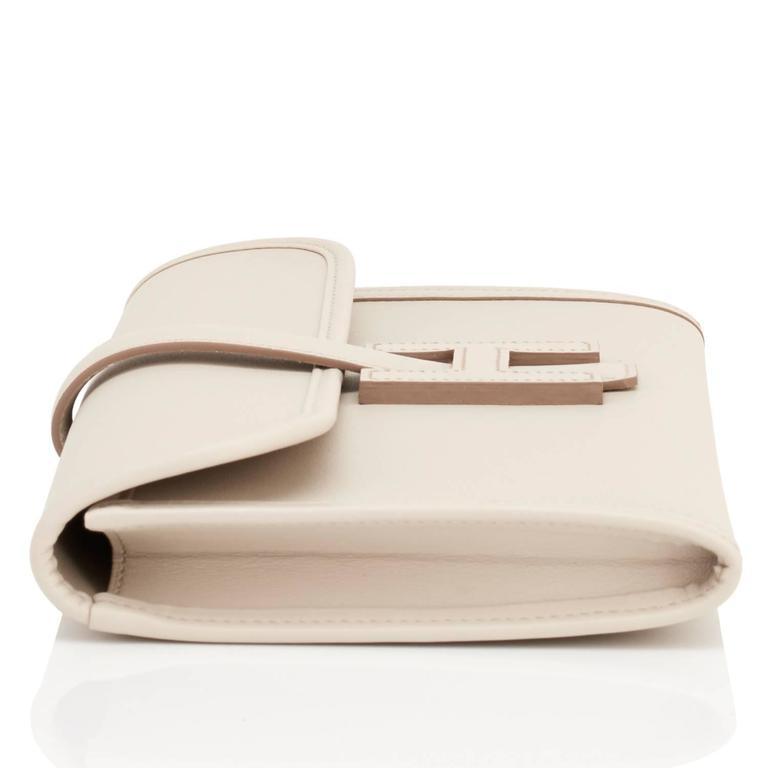 Hermes Beton Jige Elan 29cm Swift Off White Clutch Bag  For Sale 1