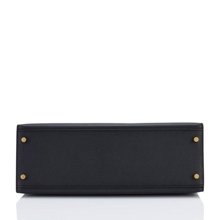 Hermes Kelly 32cm Black Epsom Sellier Gold Hardware Shoulder Bag For Sale 4