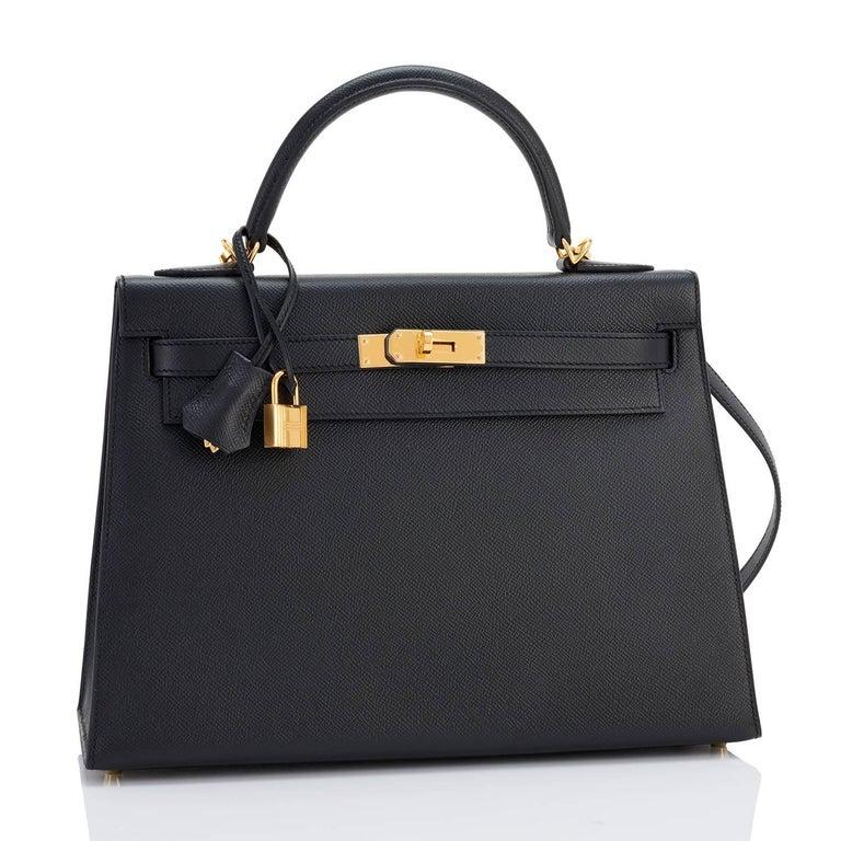 Hermes Kelly 32cm Black Epsom Sellier Gold Hardware Shoulder Bag In New Condition For Sale In New York, NY