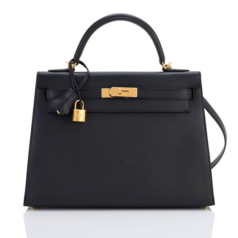 Women's or Men's Hermes Kelly 32cm Black Epsom Sellier Gold Hardware Shoulder Bag For Sale