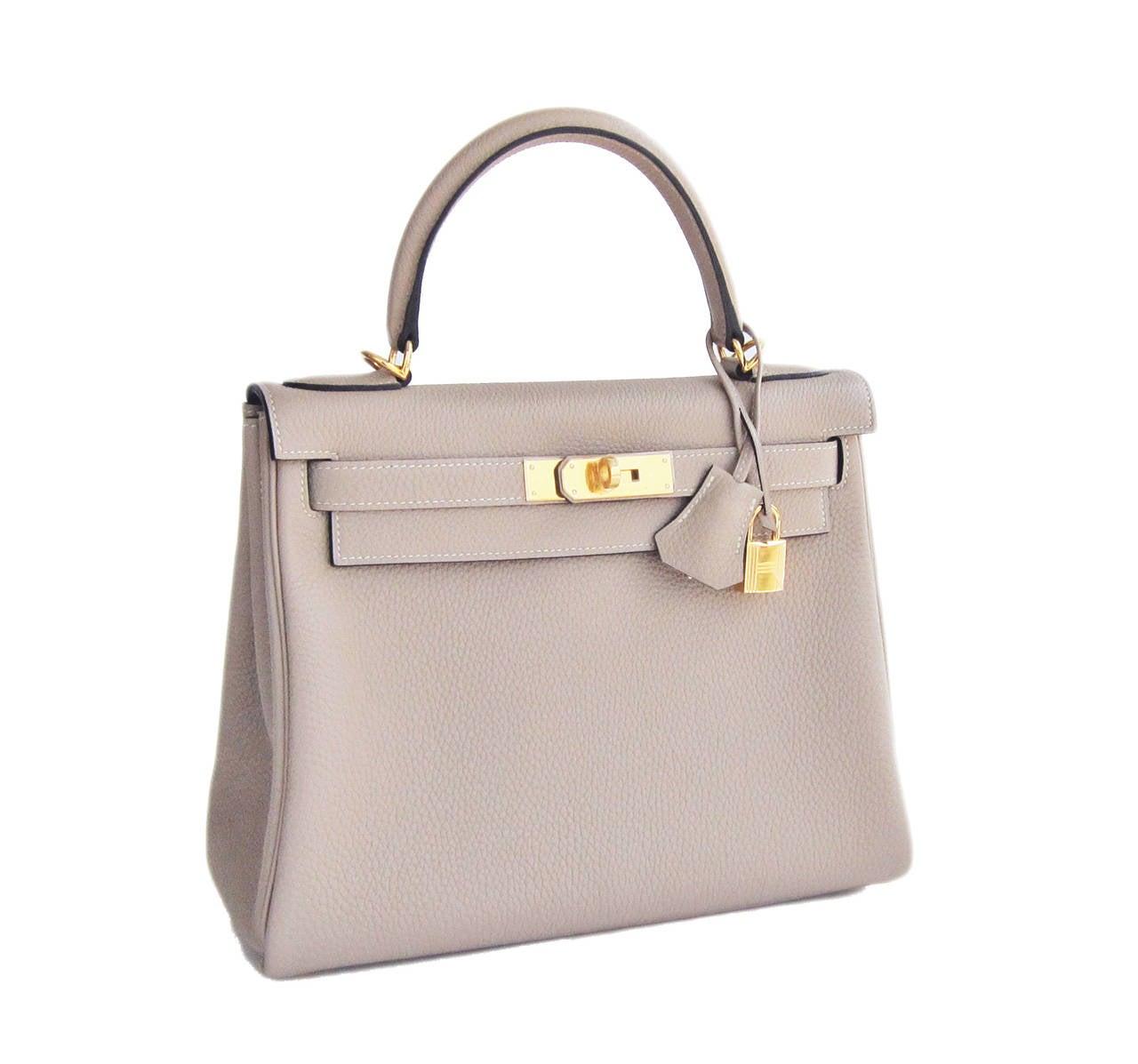 Hermes Gris Tourterelle 28cm Togo Kelly Gold GHW Shoulder Bag Perfection 2