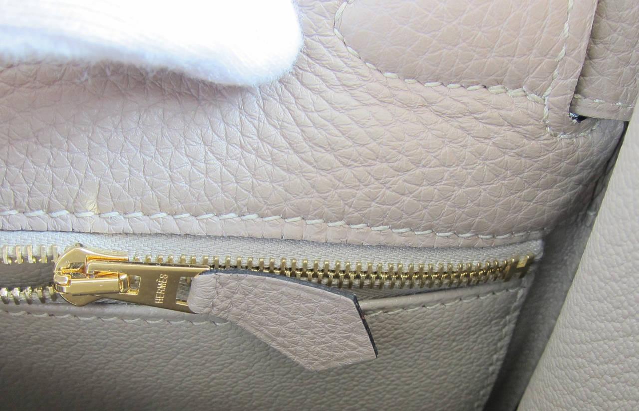 Hermes Gris Tourterelle 28cm Togo Kelly Gold GHW Shoulder Bag Perfection 9