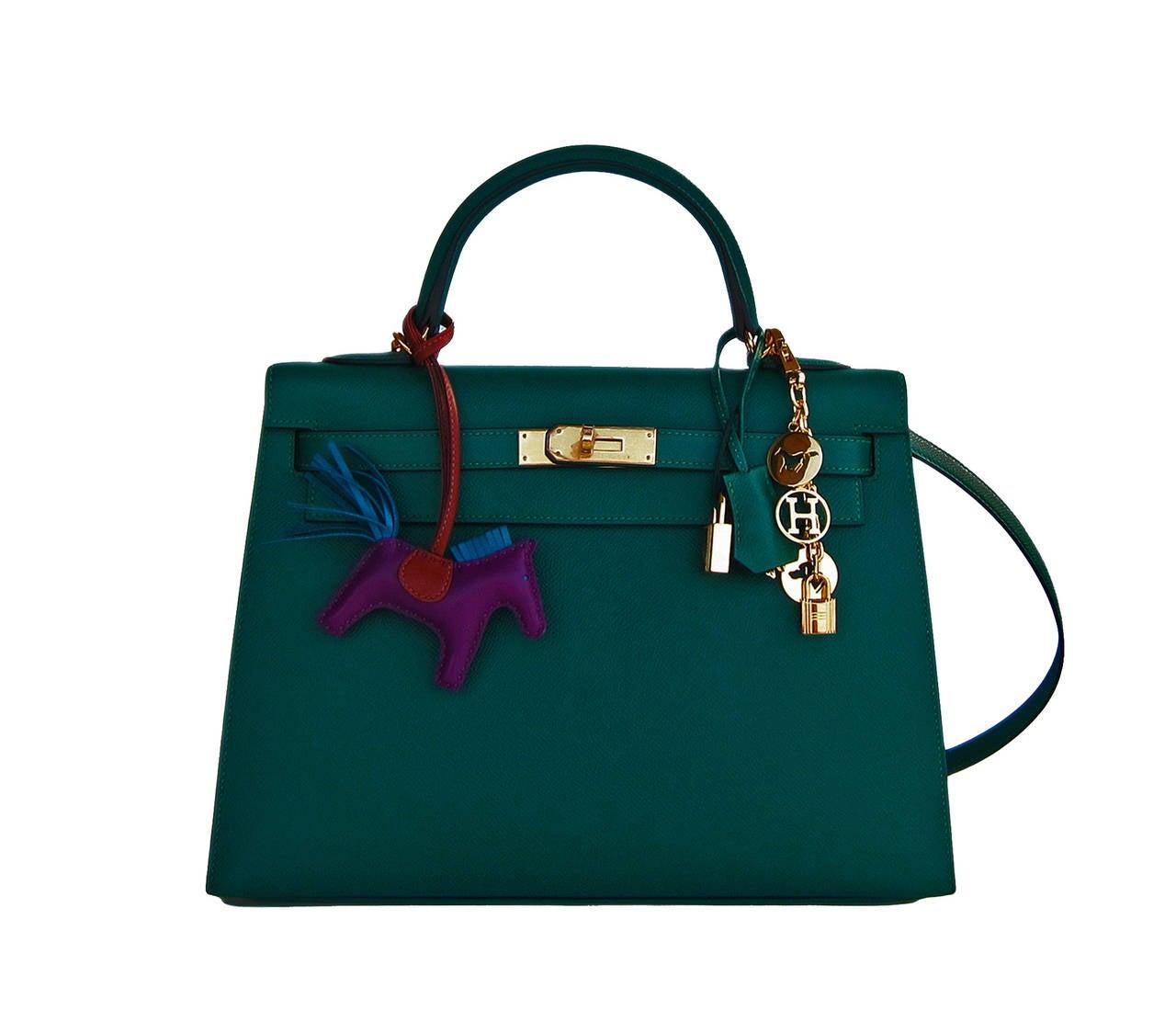 Celeb Fave Hermes 32cm Malachite Gold Sellier GHW Emerald Epsom Kelly For Sale 2