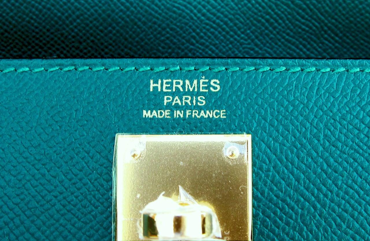 Celeb Fave Hermes 32cm Malachite Gold Sellier GHW Emerald Epsom Kelly For Sale 1